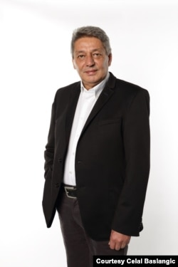 Celal Baslangic, founder of Turkish news network Arti TV, moved to Germany in 2017 to avoid persecution. (Courtesy Celal Baslangic)