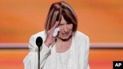 پاتریشا اسمیت، مادر دیپلمات آمریکایی که در حمله بنغازی جان خود را از دست داد، مهمان ترامپ در آخرین مناظره انتخاباتی