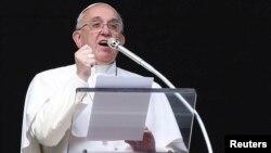 El papa Francisco se refirió al adolescente muerto en Venezuela durante las palabras que precedieron al Angelus de este domingo.