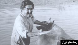 عزت الله انتظامی در فیلم گاو ساخته داریوش مهرجویی ۱۳۴۹
