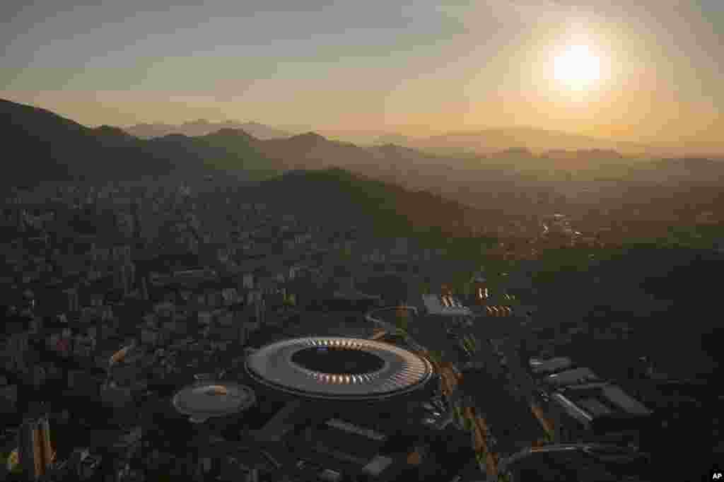 An aerial view of the Maracana stadium during sunset in Rio de Janeiro, Brazil, June 8, 2014.