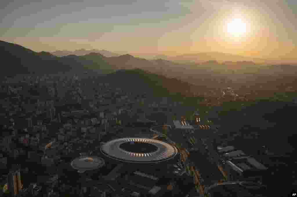 An aerial view of the Maracana stadium during sunset in Rio de Janeiro, Brazil, June 8, 2014.
