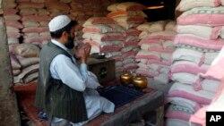 کیفیت خوب و نرخ ارزان آرد قزاقستانی سبب شکست آرد پاکستانی در بازار افغانستان شده است.