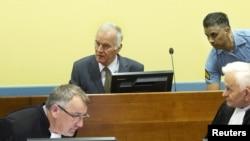 La ONU acusa a Mladic con once cargos