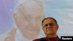 Latinski patrijarh Fuad Tval na konferenciji za štampu povodom vandalizma usmerenog na katoličke crkve, 11. maj, 2014.