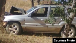 The vehicle in which former Deputy Mines Minister, Edward Chindori-Chininga, died in when his car rammed a tree in Mashonaland Central Province. (File Photo)