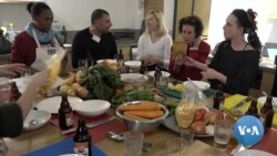 Social Enterprise Project Connects African Asylum Seekers, Israelis in the Kitchen