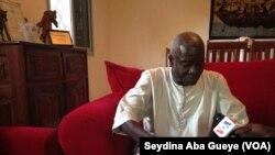 Nouha Cissé, historien et figure emblématique de la Casamance, 9 février 2018. (VOA/ Seydina Aba Gueye)