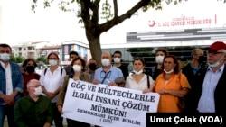 15 Eylül 2021 - Demokrasi İçin Birlik Platformu (DİB) üyeleri İstanbul Göç İdaresi Müdürlüğü önünde basın açıklaması yaptı