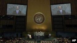 Presiden Burma Thein Sein berpidato di depan Sidang Umum PBB di Markas Besar PBB, New York (27/9).