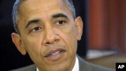 27일 백악관에서 미-이스라엘간 군사협력 법안에 서명하기 전의 바락 오바마 미 대통령.