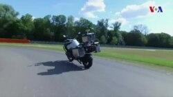 BMW özü idarə olunan motosiklet nümayiş etdirib