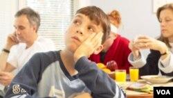 Varios adolescentes, que afirmaron tener estos problemas alimenticios, también reportaron presentar problemas de depresión.