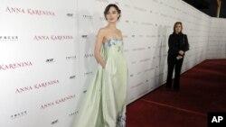 Кира Найтли на премьере фильма «Анна Каренина». Лос-Анджелес, Калифорния. 14 ноября 2012 года