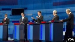 Ahora son cinco los postulantes para la nominación republicana, Rick Perry; Rick Santorum; Mitt Romney; Newt Gingrich y Ron Paul, quienes debatieron en Myrtle Beach, en Carolina del Sur.