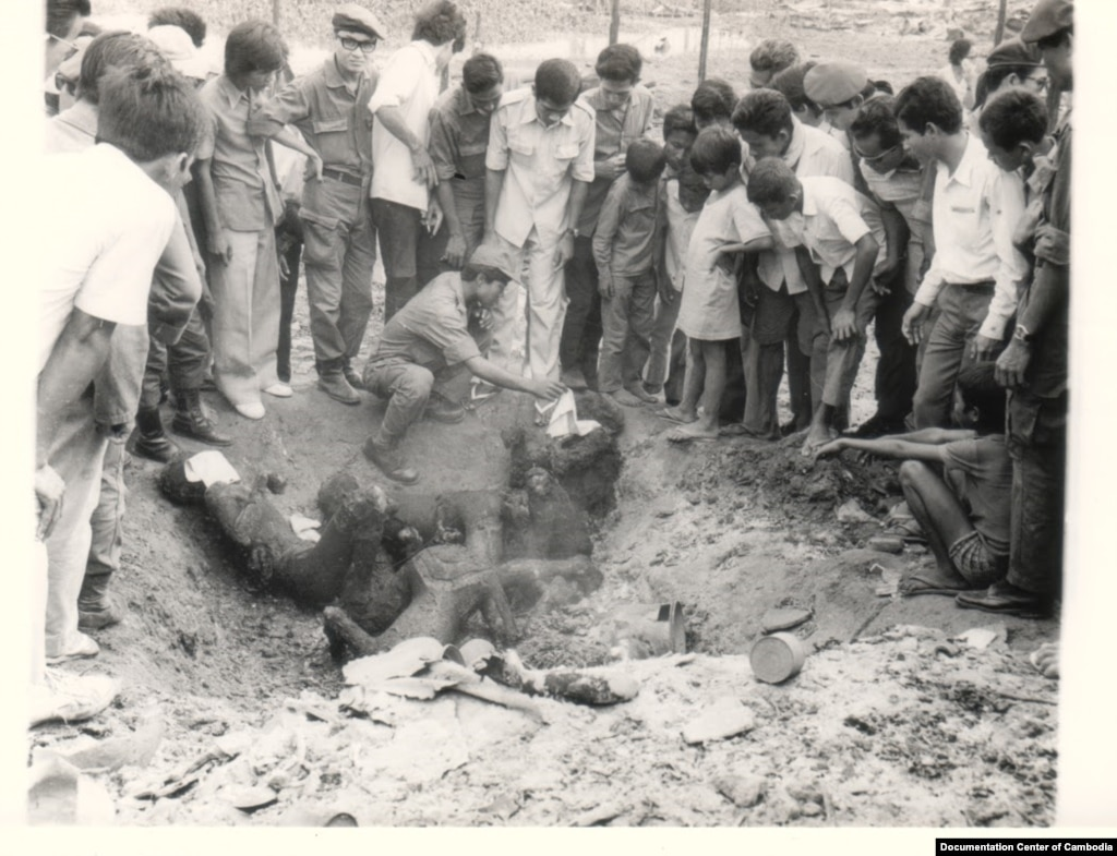 war genocide and the fragile peace in  khmer rouge s rockets killed civilian in phnom penh 1973 source documentation center