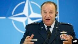 필립 브리드러브 유럽 주둔 미군 사령관. (자료사진)