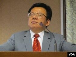 台灣在野黨民進黨立委李俊俋。(美國之音張永泰拍攝)