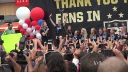 World Cup-Winning US Women's Team Applauded in LA
