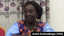 Larlem Marie, coordonnatrice de l'APLFT, une société civile Tchadienne, N'Djamena le 15 août 2019. (VOA Afrique/André Kodmadjingar)