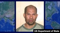 Khair Mundos, pemimpin utama dan penyandang dana kelompok militan Abu Sayyaf (Foto: dok). Polisi Filipina telah menangkap Mundos di pinggiran kota Manila, Rabu pagi (11/6).