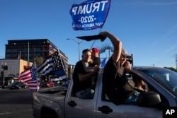 Prezident Donald Tramp tarafdorlari, Portlend, Oregon, 2020-yil, 29-avgust