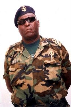 Bubo Na Tchutu condenado a 4 anos de prisão