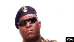 L'ex-chef de la Marine de Guinée-Bissau Bubo Na Tchuto, à Bissau, Guinée-Bissau, 2 avril 2010.