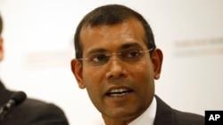 FILE - Former Maldives president Mohamed Nasheed speaks during a press conference in London, Jan. 25, 2016.