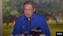Ketua Majelis Tinggi Partai Demokrat, Susilo Bambang Yudhoyono hari Jumat (8/2) mengambil alih kepemimpinan partai setelah Ketua Umum PD, Anas Urbaningrum diumumkan sebagai tersangka oleh KPK (foto: VOA/Andylala).