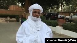Brigi Rafini au micro de Abdoul Razak