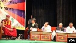 بھارتی قصبے دھرم شالہ میں تبت کے جلاوطن باشندوں کی عالمی کانفرنس
