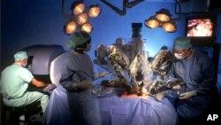 Система цифровой хирургии «да Винчи»