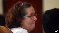 Lindsay June Sandiford, warga Inggris terpidana hukuman mati, pada salah satu sidang di Pengadilan Negeri Denpasar. (Foto: Dok)