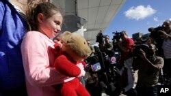 Courtney Gelinas de 10 años estaba en el aeropuerto internacional Fort Lauderdale en Florida a punto de abordar un vuelo de regreso a casa cuando sucedió el tiroteo.