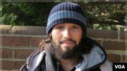 Oscar Ramiro Ortega-Hernandez dituduh melepaskan tembakan ke Gedung Putih, Jumat (11/11).