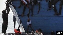 UNHCR nói sự gia tăng đáng kể về số tử vong có thể là do người tị nạn chọn các tuyến đường nguy hiểm và những kẻ buôn người sử dụng các con tàu tồi tàn hơn.