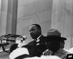 马丁路德金发表我有一个梦想的著名演说