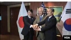 今年6月美日韓三國國防部長在新加坡出席香格里拉對話期間舉行三邊會談。