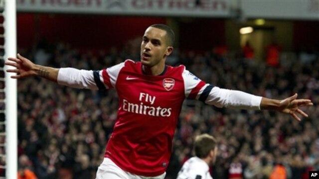 Theo Walcott akhirnya mendapatkan kontrak baru dari klubnya, Arsenal (foto: dok).