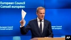 Ketua Dewan Eropa Donald Tusk berbicara di Brussels, Belgia (29/3).