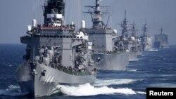 일본 해상자위대 선박들. (자료사진)