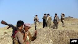 Chiến binh người Kurd tại một vị trí gần thành phố Zumar.