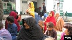 کم و بیش ۱۲۰۰ خانوادۀ افغان از ساحات زیر ادارۀ داعش در ننگرهار بیجا شده اند