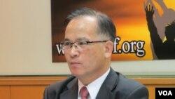 台湾政治评论人士、前台南县长苏焕智(美国之音张永泰拍摄)