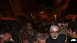 Mir Hüseyn Musəvi prezident Mahmud Əhmədinejadı ölkədə referendum keçirilməsinə çağırıb