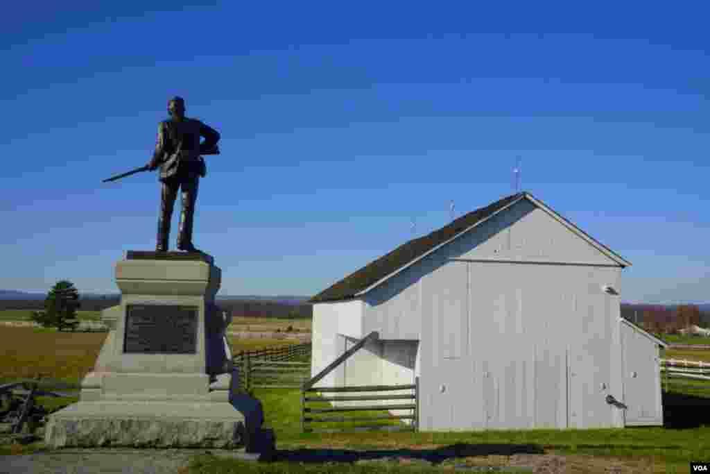 Памятник солдату гражданской войны