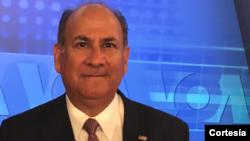 Roger Noriega dialoga sobre Estados Unidos, Venezuela y Latinoamérica