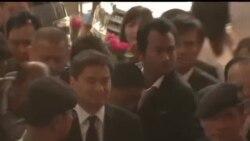 2013-12-12 美國之音視頻新聞: 前泰國總理阿披實被控謀殺兩名抗議者