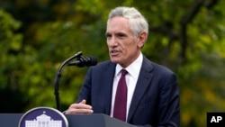 Doktor Skot Atlas je i član radne grupe Bele kuće za borbu protiv koronavirusa
